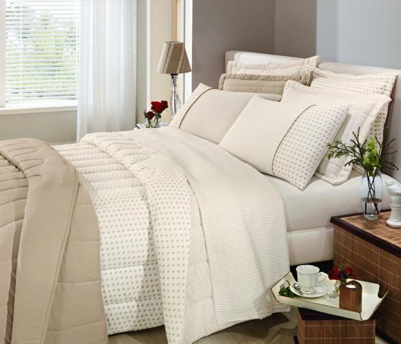 As roupas de cama, além de aquecer, dão um toque especial no seu quarto.